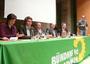 Im Gespräch zu Fracking u.a. mit Wibke Brems MdL, Staatssekretär Udo Paschedag und Landesvorstandsmitglied Janosch Dahmen in Witten