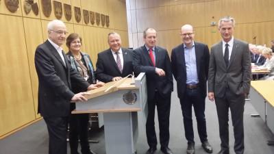 Von links nach rechts: Fritz Pleitgen, Karola Geiß-Netthöfel, Josef Hovenjürgen, Oliver Wittke, Börje Wichert und Frank Baranowski